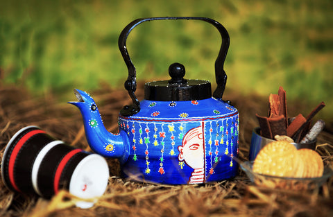 Hand-painted Bucolic Beauty kettle