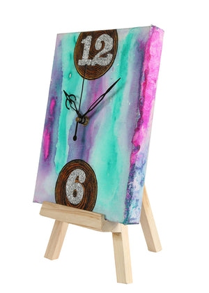 Hand-painted Colorful Saga Table Clock - RANGRAGE