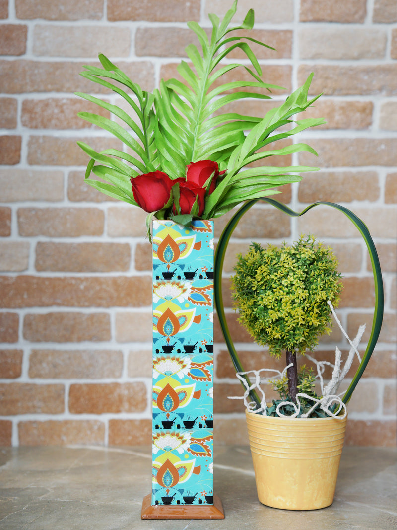Handcrafted Chaiwala Decorative Vase