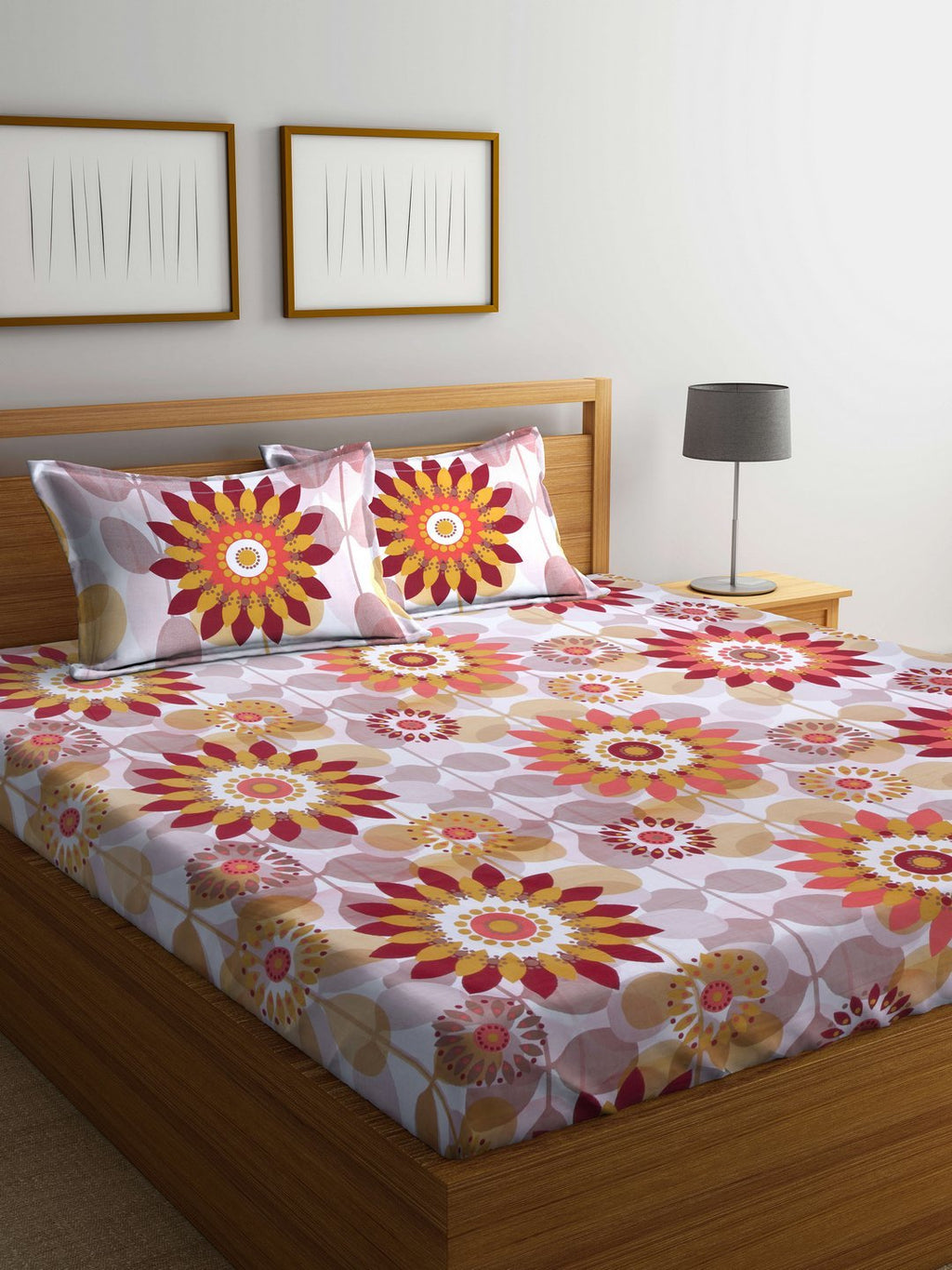 mafatlal-cotton-cream-180-tc-double-bedsheet-with-2-pillow-covers-HFBSARDLAS3035