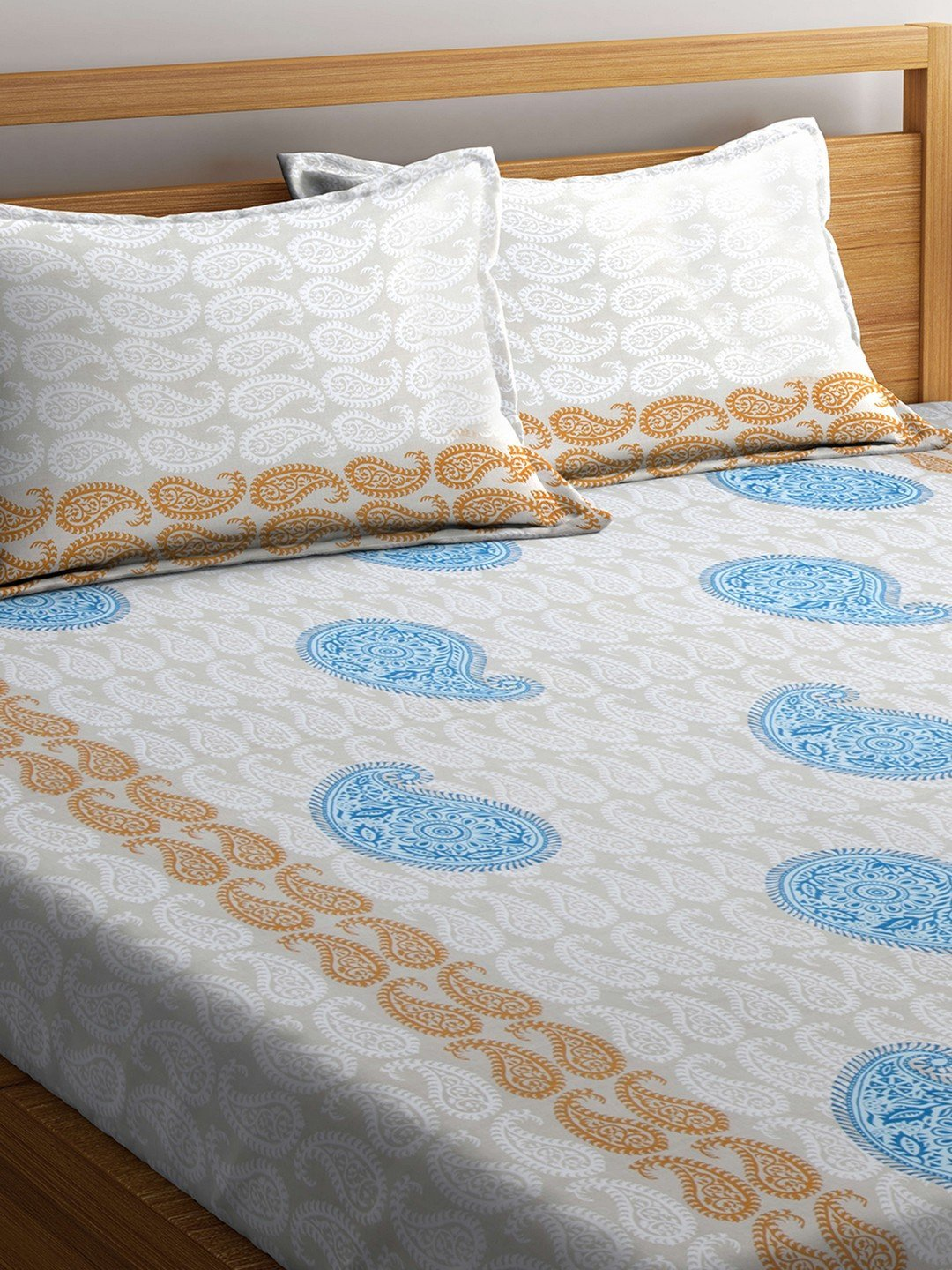 Buy Online Mafatlal White Cotton 144 TC Double Bed Sheet With Pillow Covers