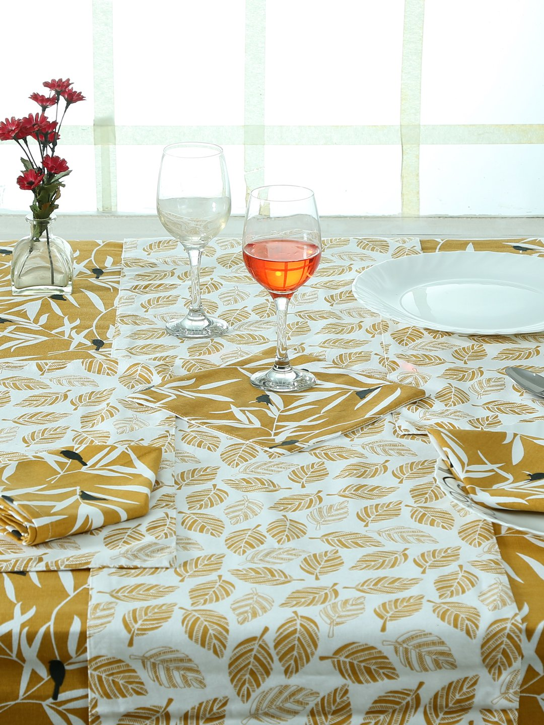 Handcrafted Floral Brown Set of Table Linen (16 Pcs)