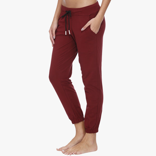 Vixenwrap Red Hosiery Solid Joggers