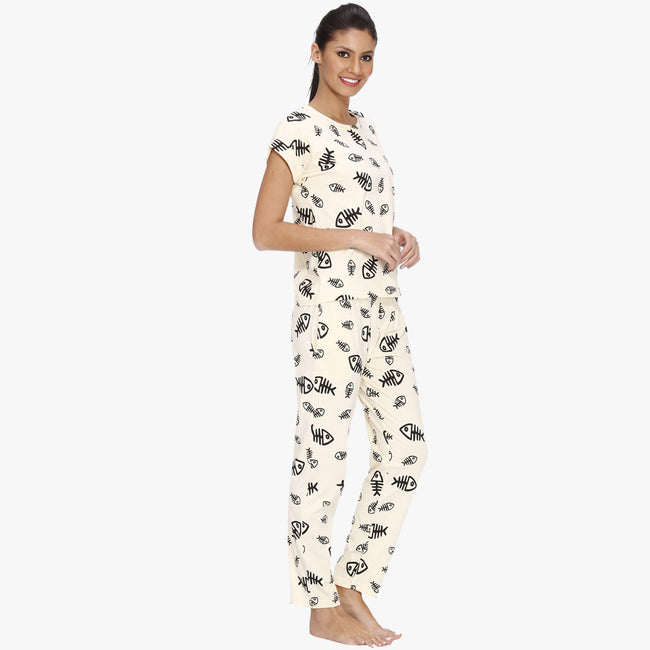 Vixenwrap Cream White Hosiery Printed Top & Pyjama Set