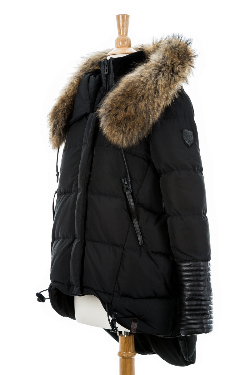 Chapais Down Puffer With Fur Trim
