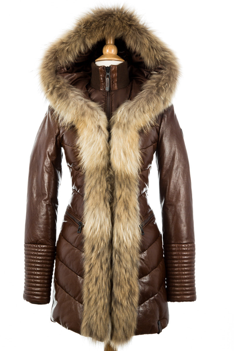 Shop the latest styles of Womens Fur Coats at Macys. Check out our designer collection of chic coats including peacoats, trench coats, puffer coats and more!