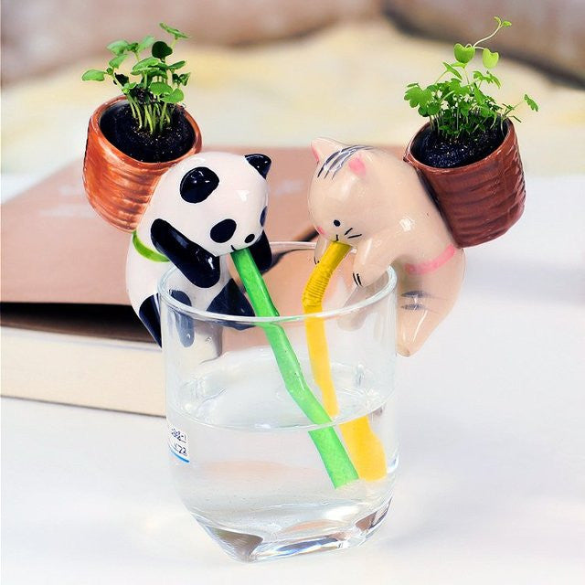 Animal Self Watering Plant Pot - Feedfend
