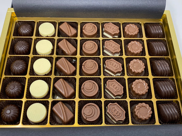 Special Chocolate Gift Box (385g)
