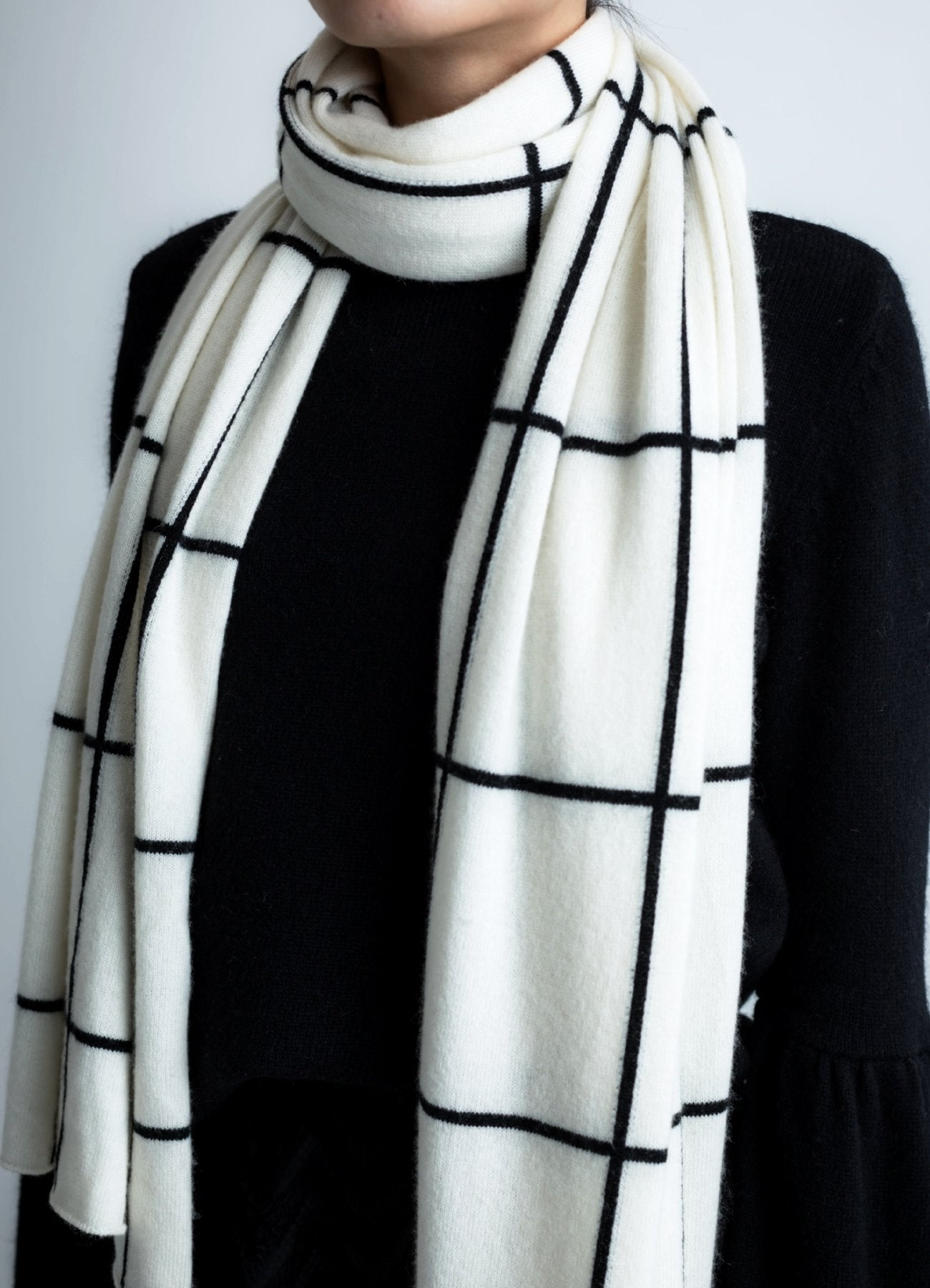 Checked cashmere scarf