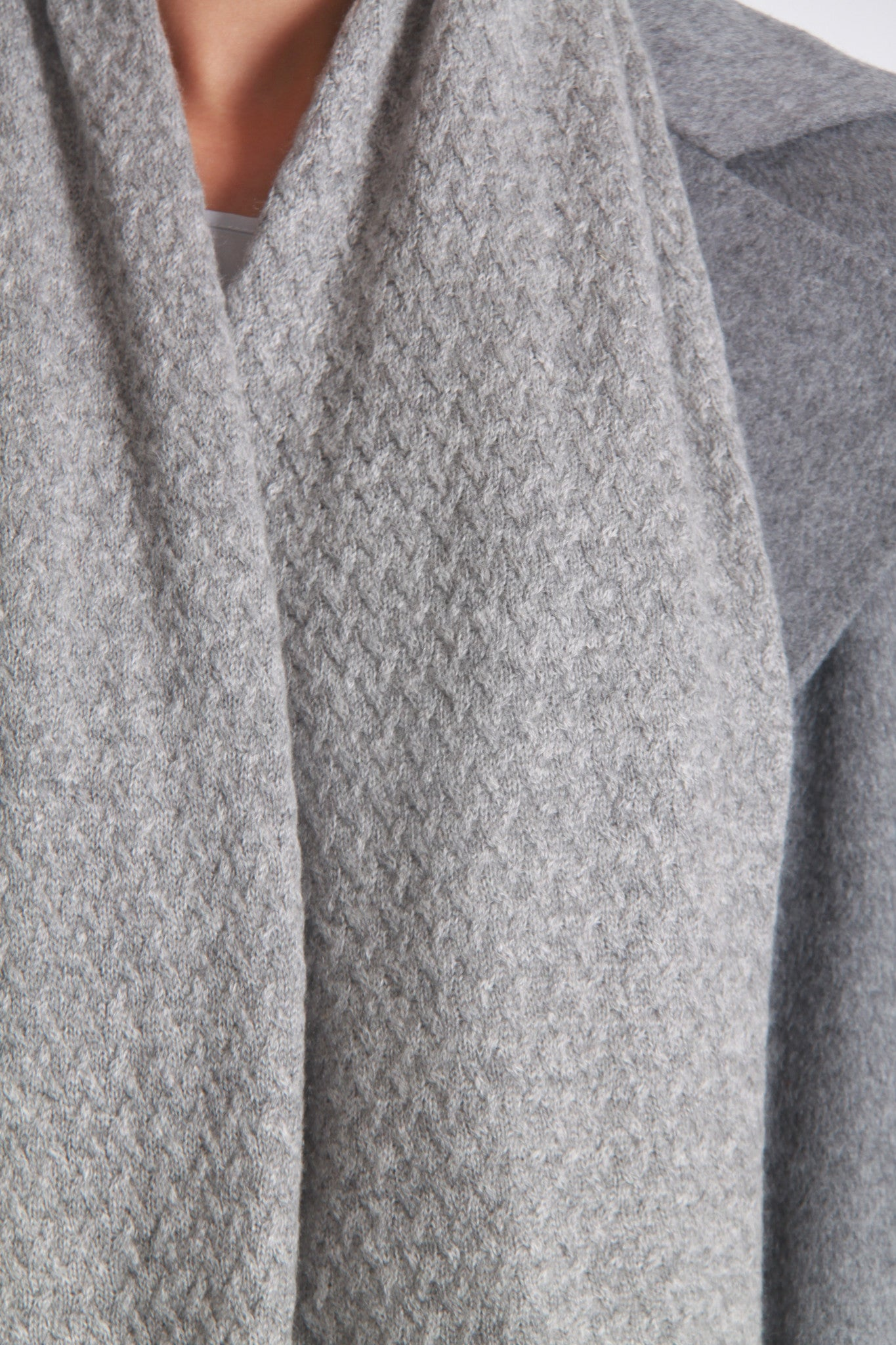 Texture knit cashmere scarf