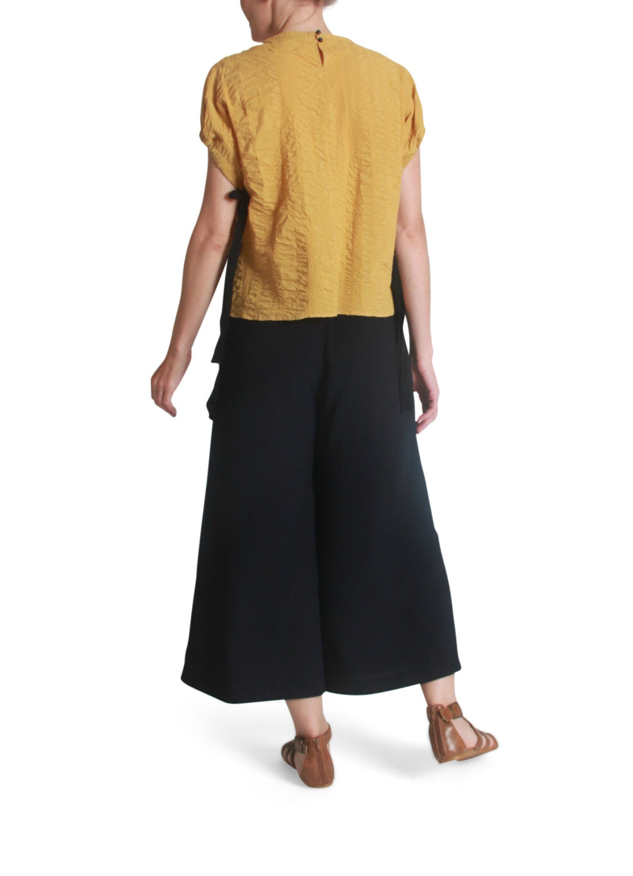Crepe drawstring sleeves top
