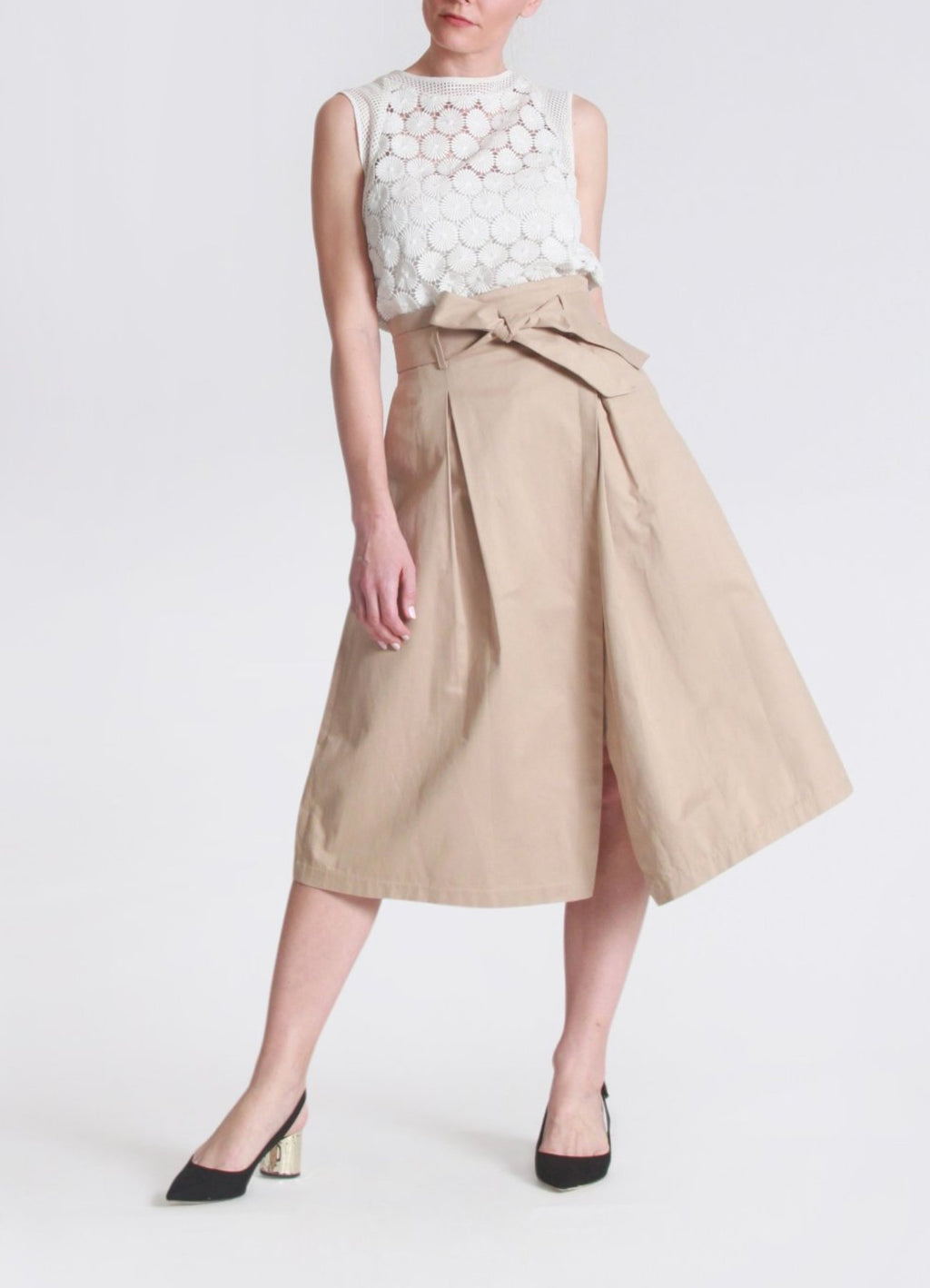 Asymmetrical pleated khaki skirt