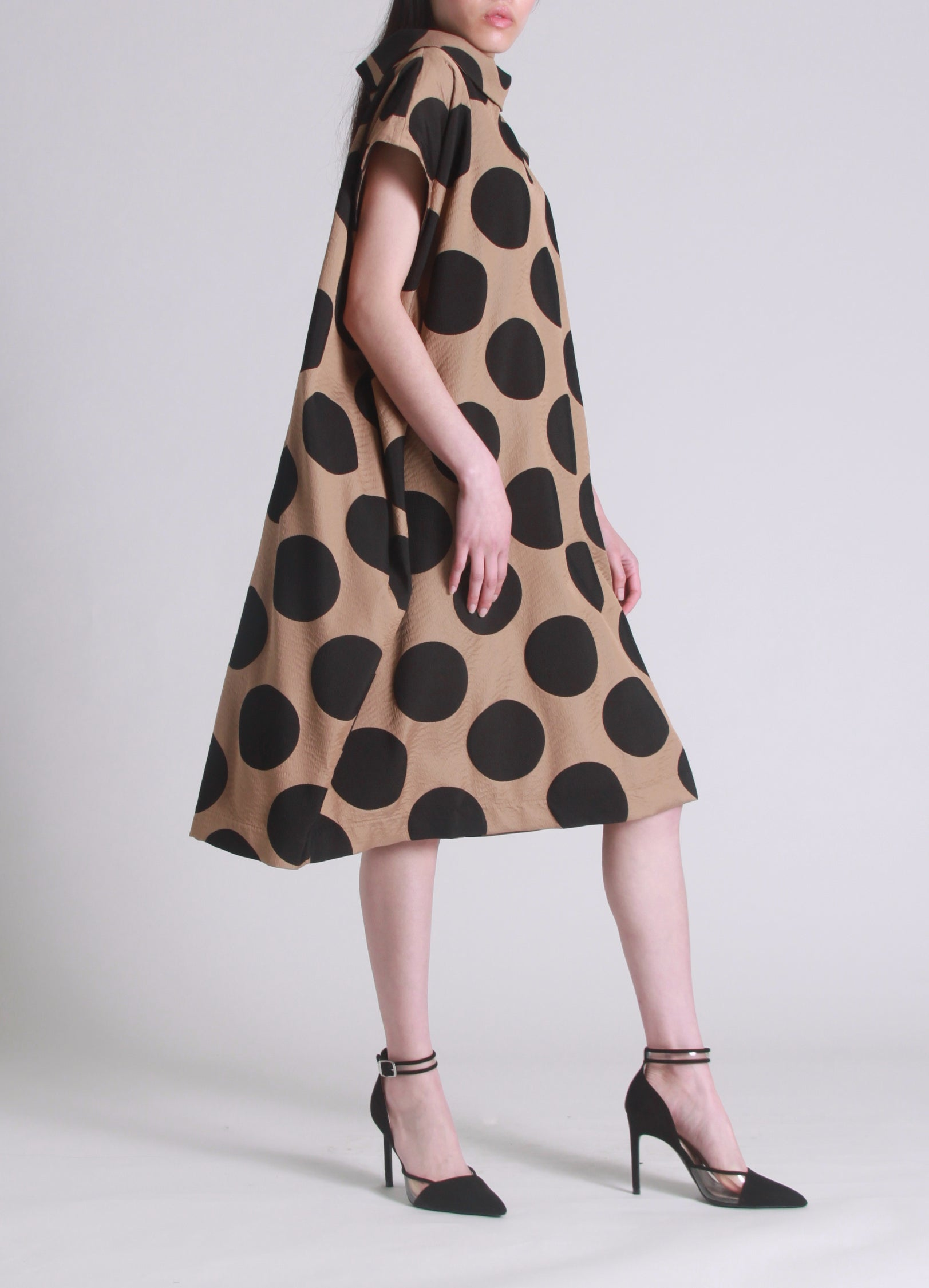 Oversized dot balloon dress