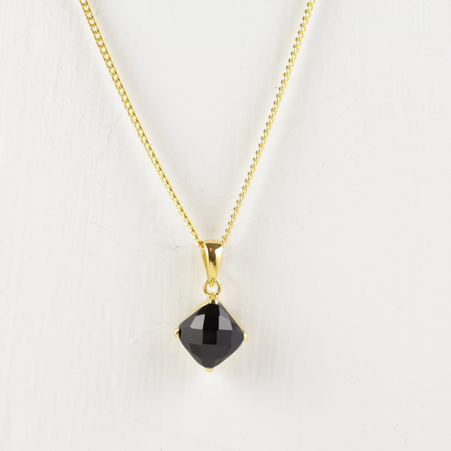 fine necklace onyx black jewelry product glitters