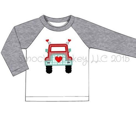 "Boy's applique ""HEART JEEP TRUCK"" white baseball shirt with gray sleeves (24m,2t,3t,4t,5t,6t,7t,8t)"