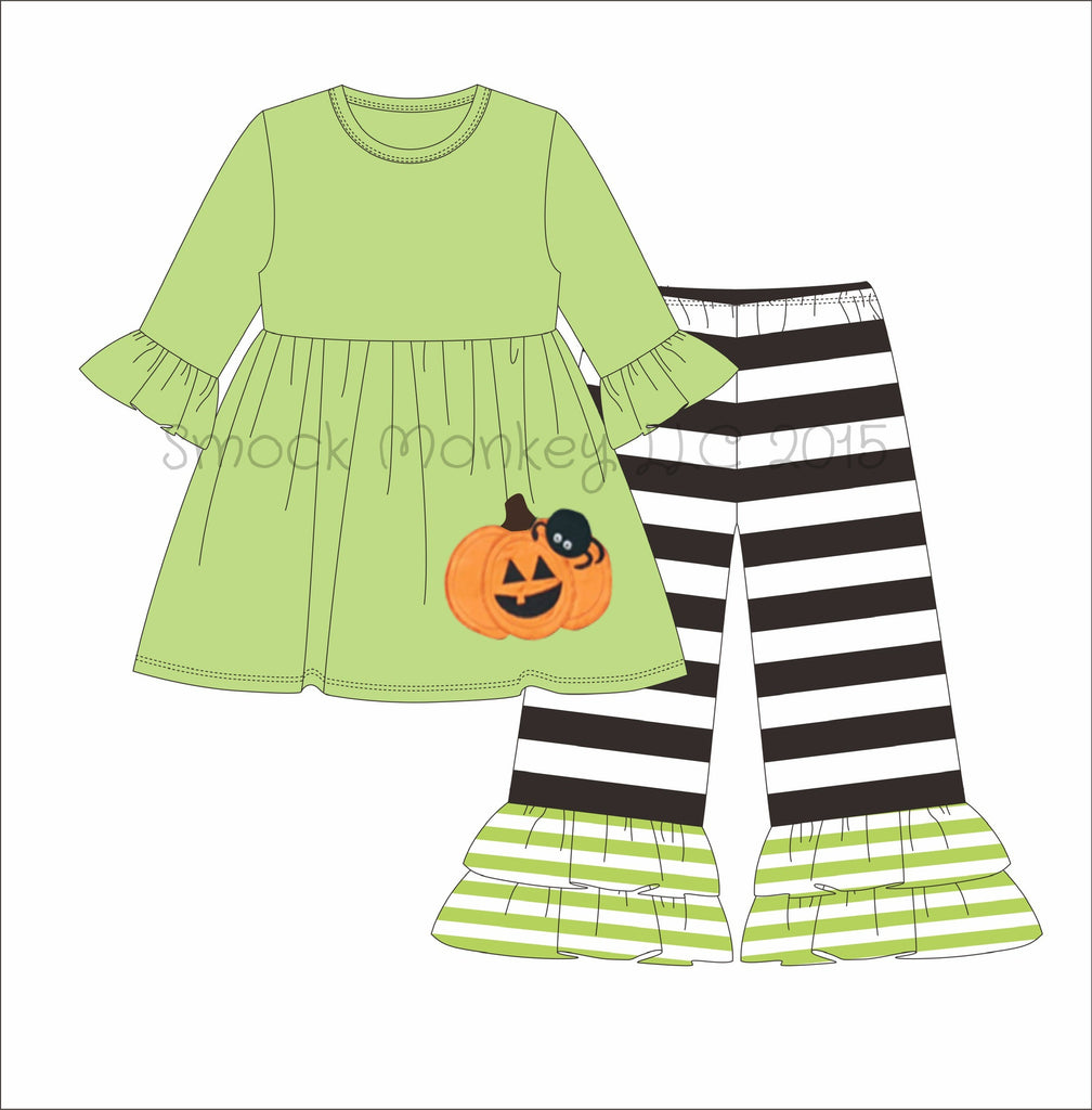 "Girl's applique ""PUMPKIN and SPIDER"" light green 3/4 sleeve swing top and black striped knit pant set (9m,12m,18m,7t,8t)"
