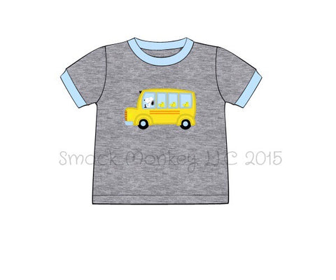 "Boy's applique ""THE BEAGLE AND THE GANG ON THE BUS"" gray short sleeve knit shirt (3t,5t,6t)"