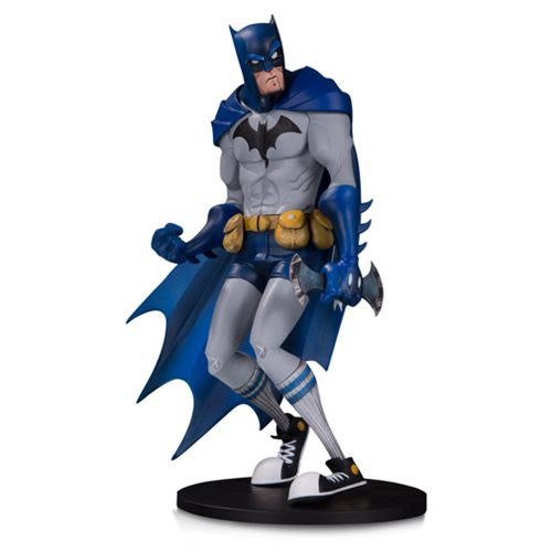 Batman (Hainanu Nooligan Saulique) | DC Comics | Artist Alley PVC Figure | DC Collectibles | Woozy Moo