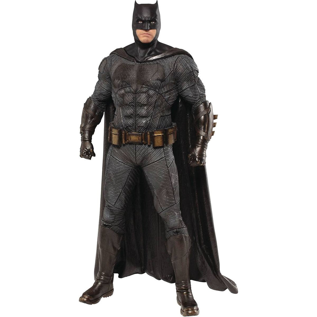 Batman | Justice League (DC Cinematic Universe) | ArtFX+ 1/10 Scale Statue | Kotobukiya | Woozy Moo