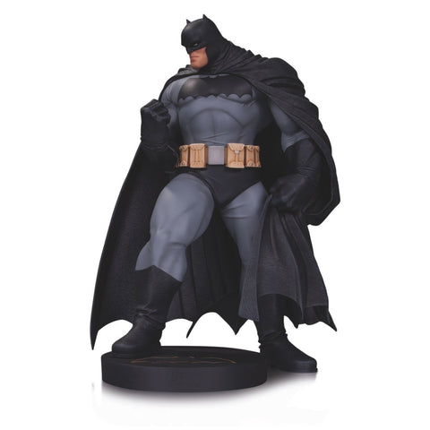 Batman Andy Kubert DC Designer Series Mini Statue Limited Edition