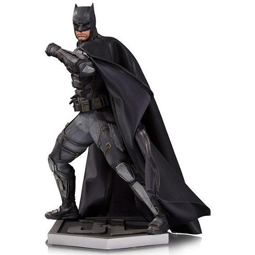 DC Film - Justice League - Batman (Tactical Suit) 1/6 Scale Statue - Limited Edition - DC Collectibles - Woozy Moo