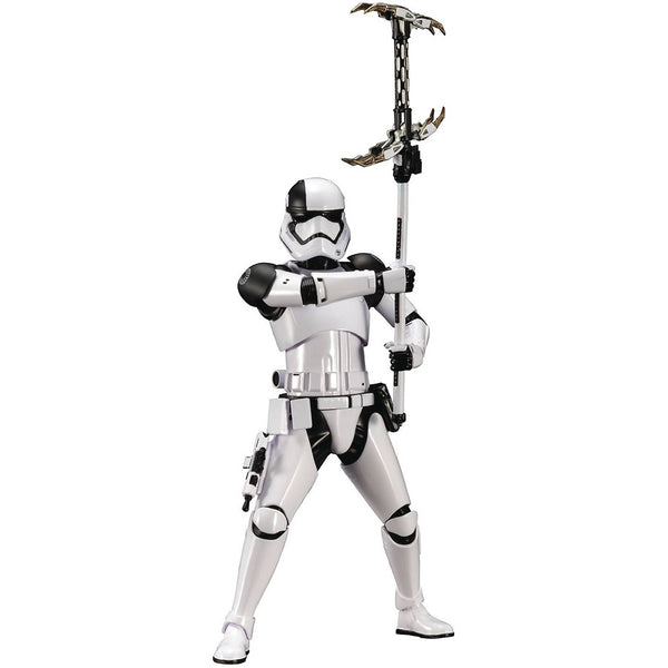 First Order Executioner Stormtrooper | Star Wars Episode VIII The Last Jedi | ArtFX+ 1/10 Scale Statue | Kotobukiya | Woozy Moo