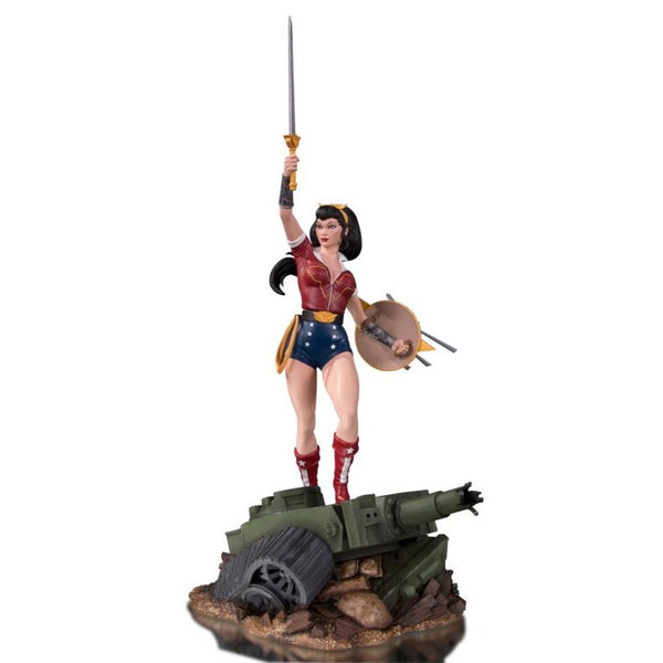 Wonder Woman (by Ant Lucia) | DC Comics Bombshells | DC Designer Deluxe Statue | DC Collectibles | Woozy Moo