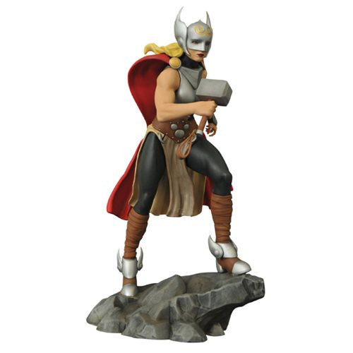 Marvel Femme Fatales Lady Thor PVC Statue - Diamond Select - Woozy Moo