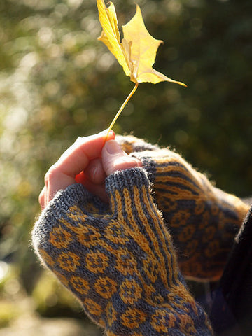 Cotton Reel Mittens