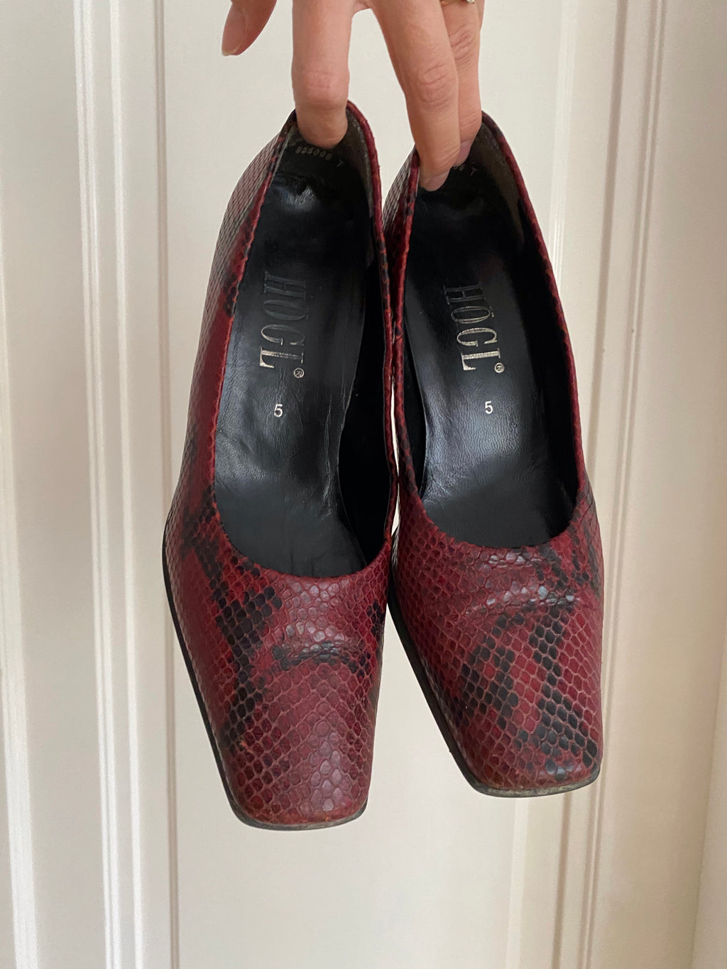 Högl Croc Leather Pumps