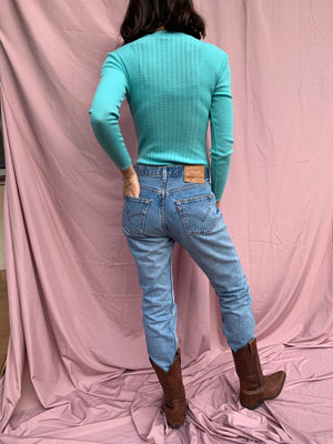 Turquoise wool body