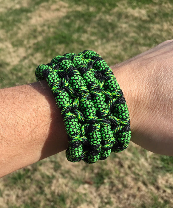 The Fight or Flight Bar Custom Paracord Bracelet