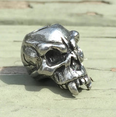 Schmuckatelli Fang Skull Bead - Pewter - Left by Stockstill Outdoor Supply