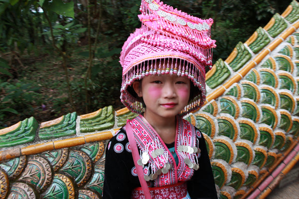 Pueblo Jewelry - Young girl in Chaing Mai - Pueblo Travels