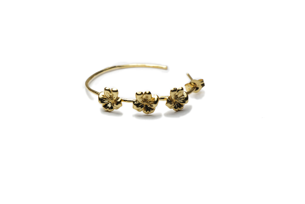 Dainty gold plated hoop earrings