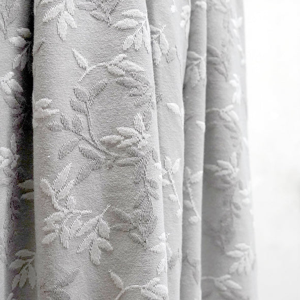 Fairtrade Jacquard Relief Shiny Leaves Platin