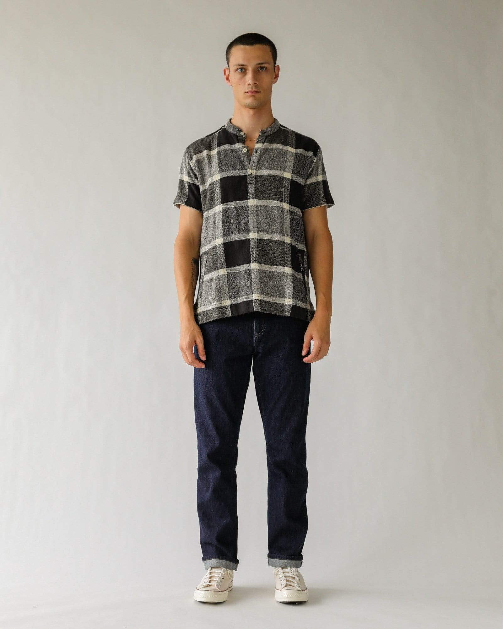 Blow Up Black Plaid SS Popover