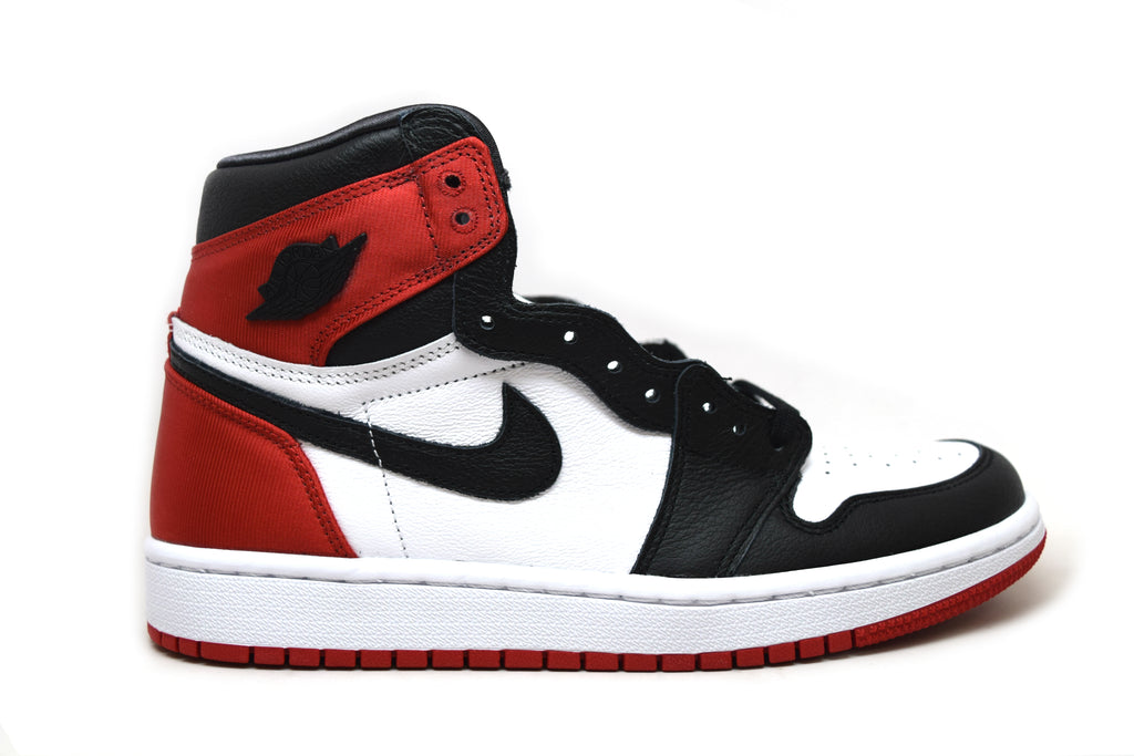 Air Jordan 1 Retro High Satin Black Toe WMNS