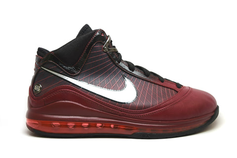 Nike Air Max Lebron 7 Christmas