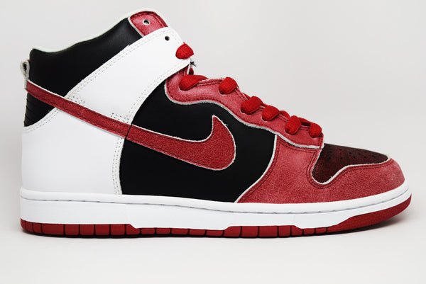 hot sale online a125e 03e6a nike dunk high premium sb bloody sunday edition