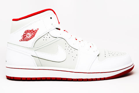 Air Jordan 1 Retro High Sports Illustrated