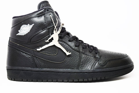 Air Jordan 1 Retro High Black Japan (2001 Addition)