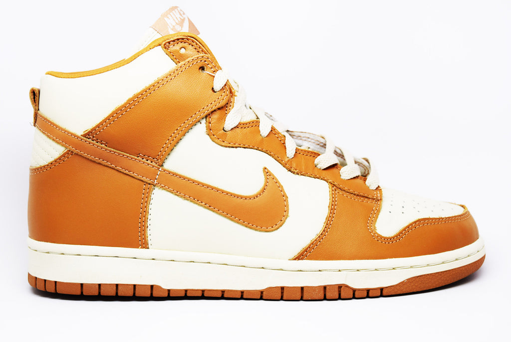 WMNS Nike Dunk High Rope Maple