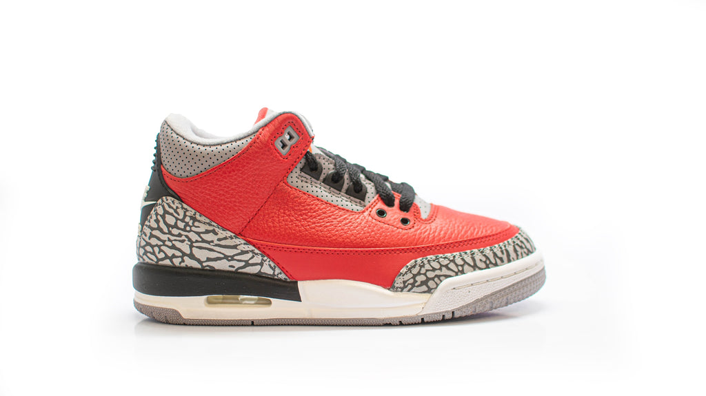 *Tried On Size 4Y* Air Jordan 3 Retro SE Fire Red (GS)
