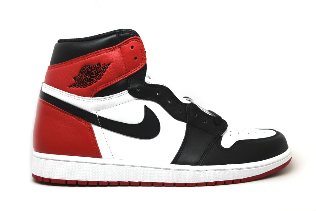 Air Jordan 1 Retro Black Toe 2016