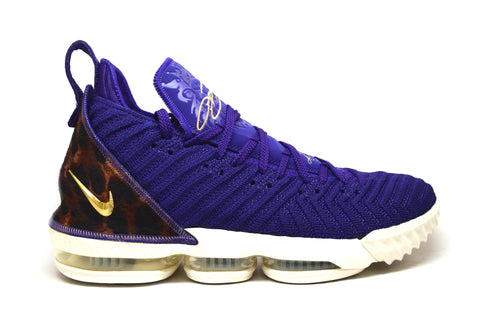 Nike Lebron 16 King Court Purple