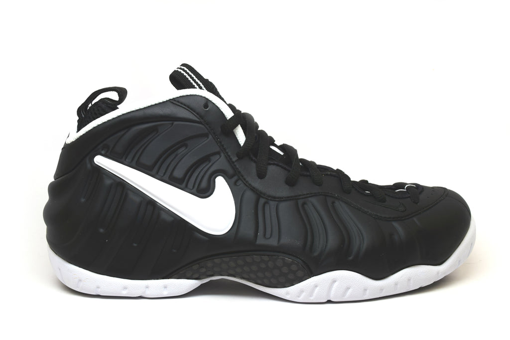 Nike Air Foamposite Pro Dr. Doom 2017