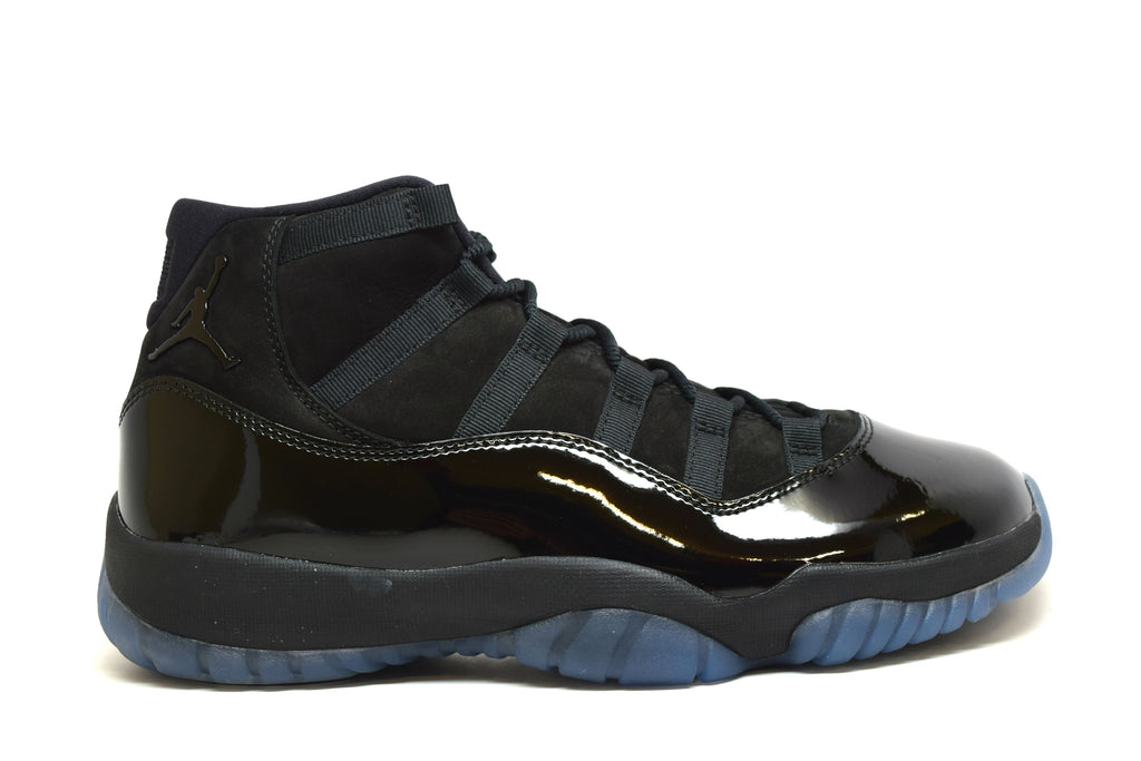 Air Jordan 11 Retro Cap and Gown