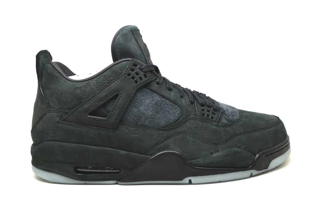 Air Jordan 4 Retro Kaws Black