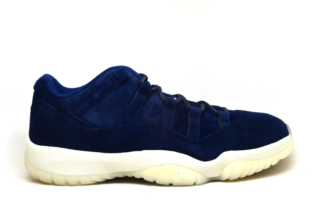 Air Jordan 11 Low Jeter